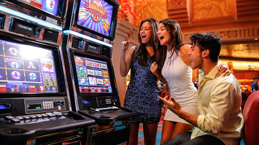 Important Slot Machine Etiquettes to Know About
